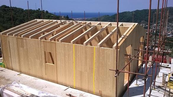 Villetta in legno bbs a due piani a monticelli genova for Fuori piani di costruzione