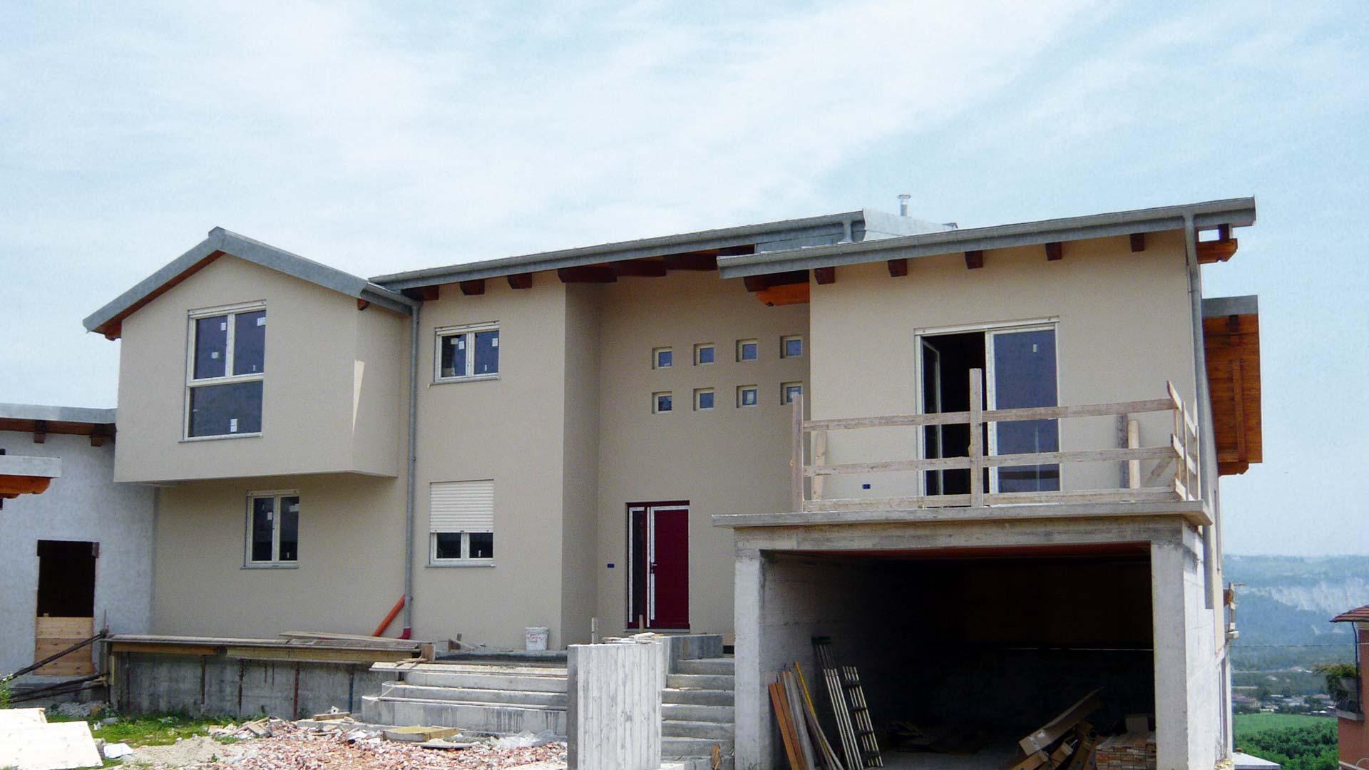 Piozzo cuneo villa in legno bbs pannelli prefabbricati for Piani prefabbricati
