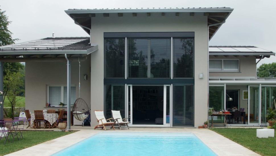Villa in legno bbs monofamiliare a due piani a giaveno for Piani di casa con vista sull acqua